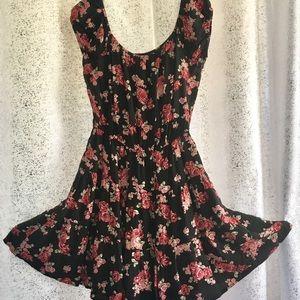 Dresses & Skirts - Forever 21 off shoulder dress